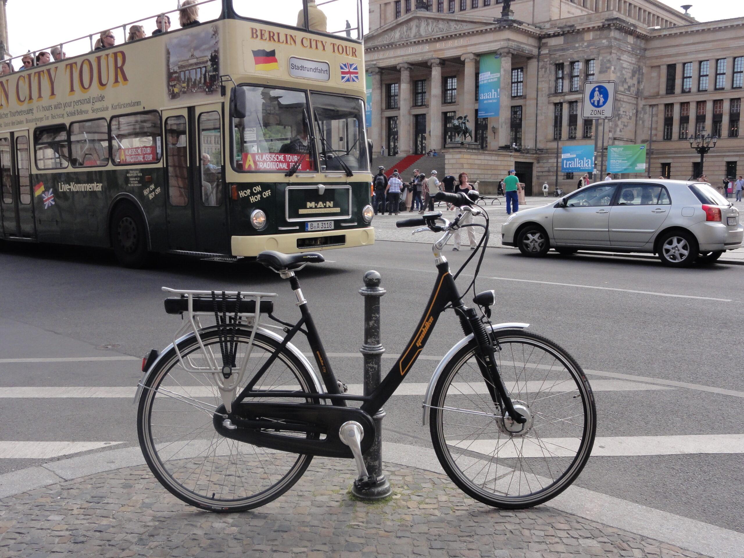 Rower elektryczny cena przy zakupie do Firmy.